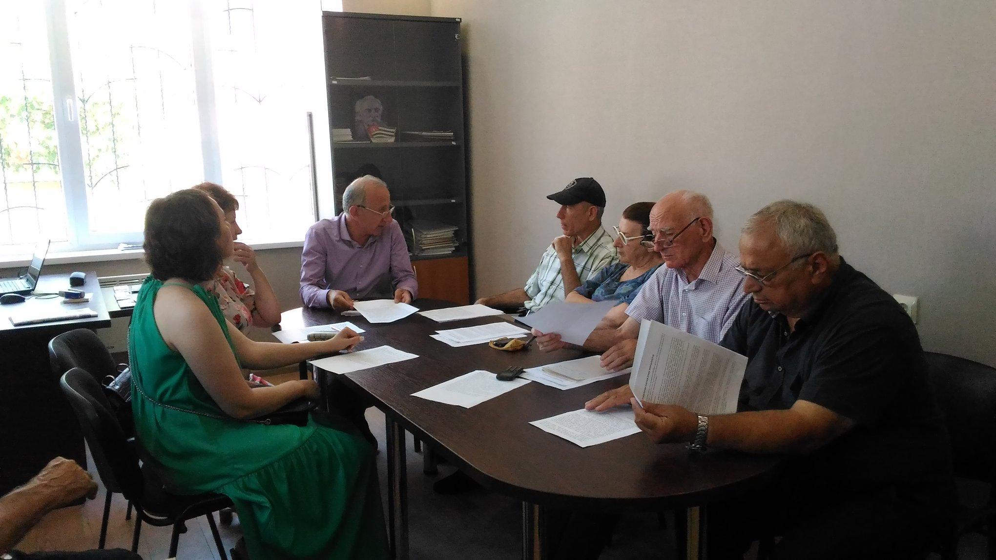 Союз журналистов Абхазии принял обращение к СМИ в связи с предстоящими выборами президента страны
