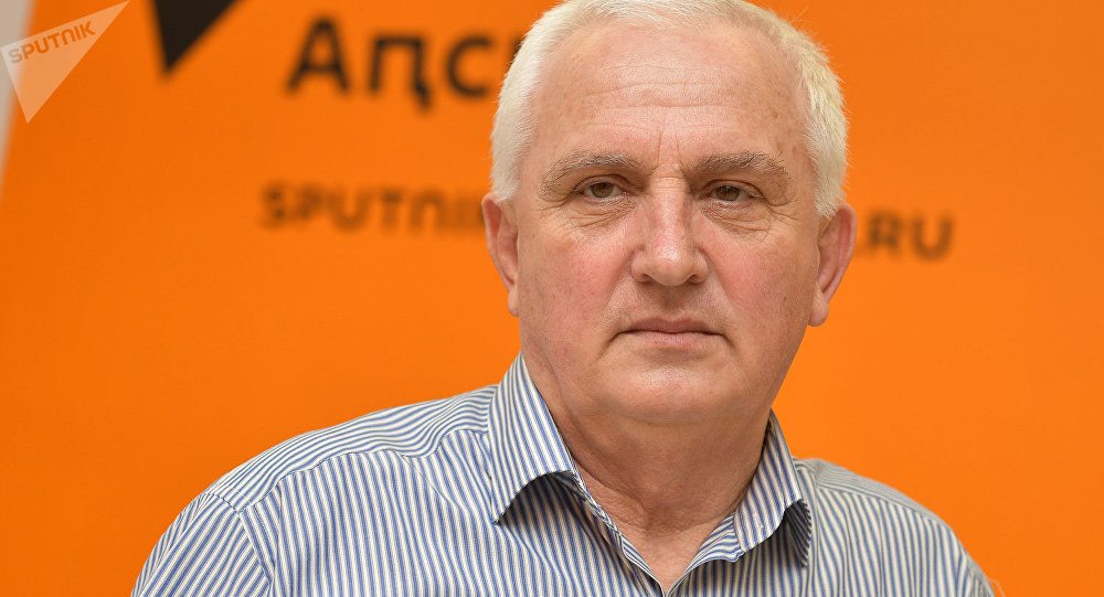 Союз журналистов Абхазии поздравляет заслуженного журналиста республики Гурама Амкуаб с 70-летним юбилеем!